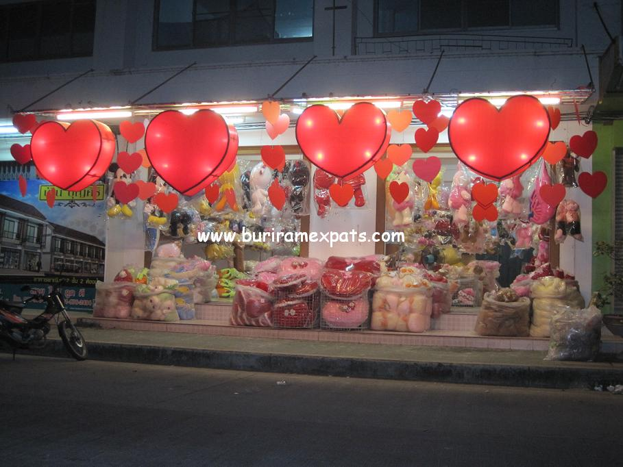 valentine-day-sales-buriram1