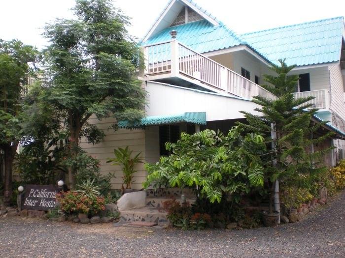 pcalifornia-hostel